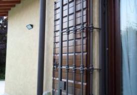 Inferriate a Brescia per l'estate
