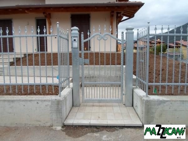 Cancello a Brescia manuale