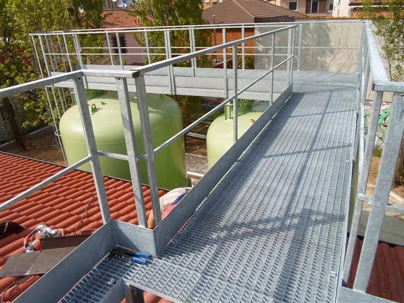 Carpenteria a brescia per impianti di biogas - Altezza parapetti finestre normativa ...