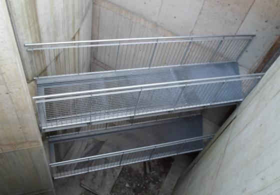 Passerelle in ferro: strutture di sicurezza su misura