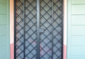 Inferriate per porte per proteggere la vostra casa