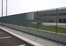 Per le recinzioni industriali ottimo è il grigliato pressato