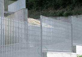 Mazzacani, ovvero l'artista delle recinzioni civili
